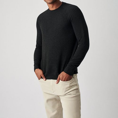 faherty-legend-sweater-crew-heather-black can be found online or in store assembly88 men's clothing store in Allentown, Pa